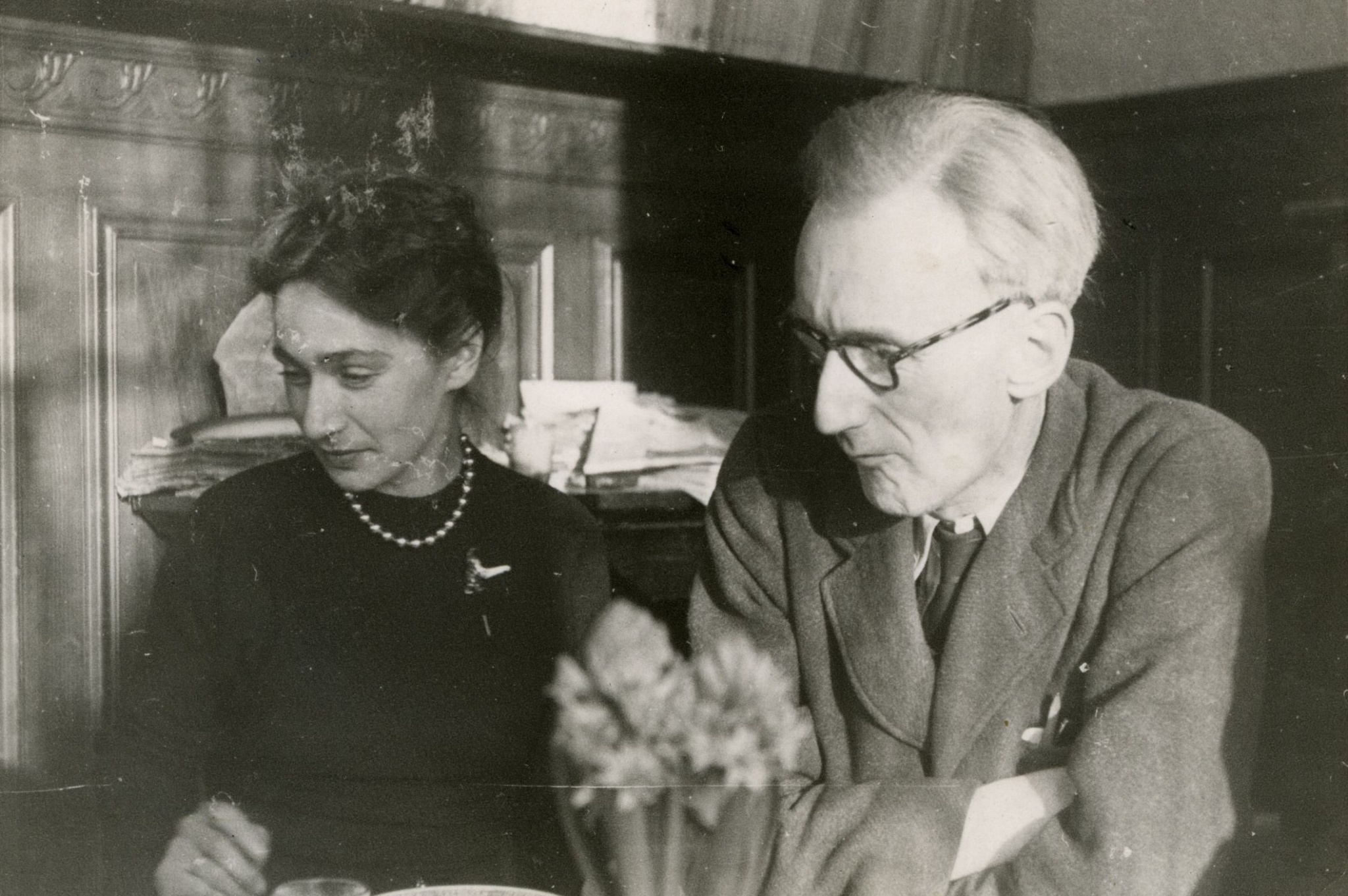 Jozef Czapski with his long-standing colleague, Zofia Hertz in Maisons-Laffitte, 1948