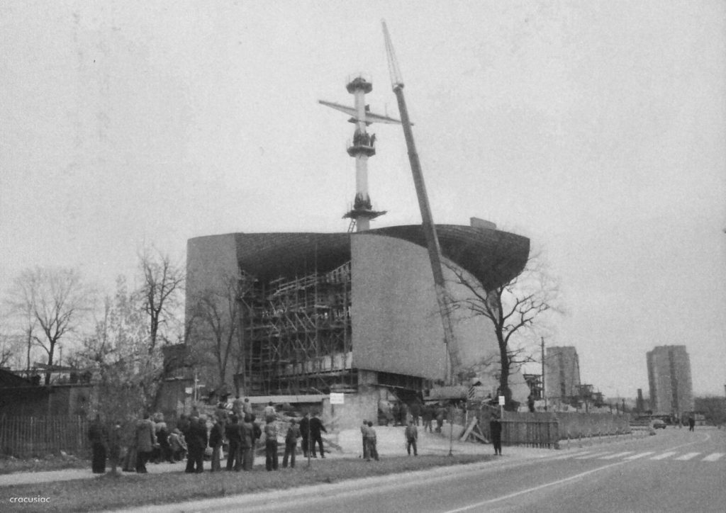 Construction works of the first church in Nowa Huta, The Arc of Lord Church, 1972