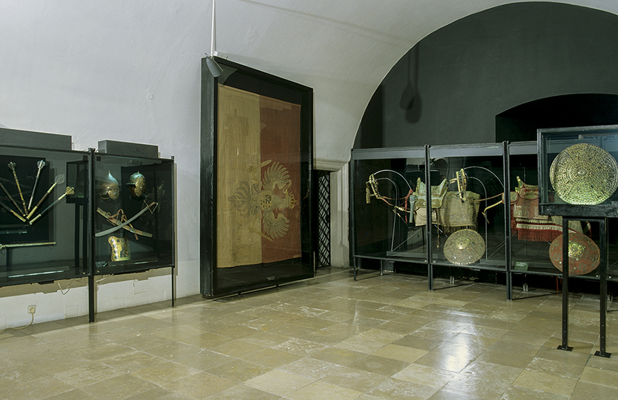 Hall of parade weapons, Wawel Castle Museum