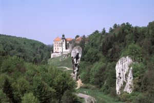 Pieskowa Skala Castle is surrounded by steep outcrops of Polish Jurassic Highland