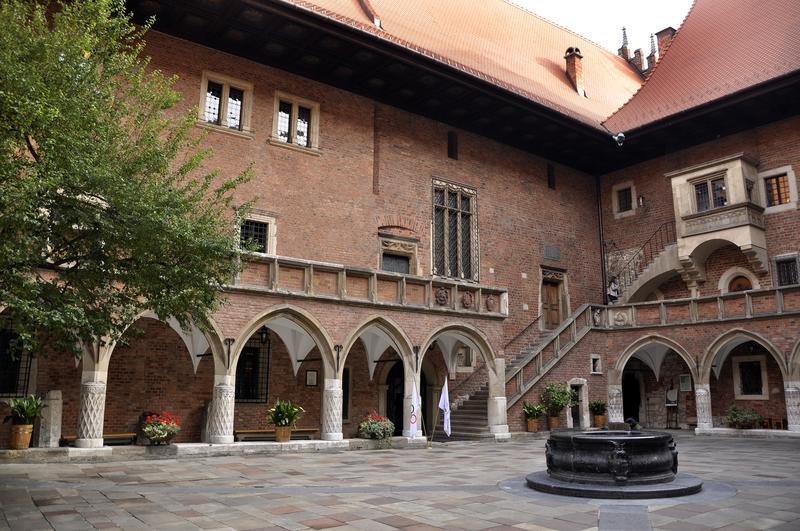 Arcaded courtyard of Collegium Maius