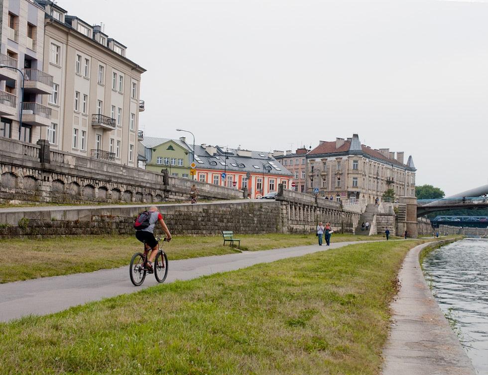 Cycling on Vistula Boulevards is always a great idea