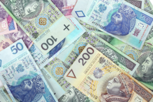 Banknotes of Polish zloty bear the images of Polish kings
