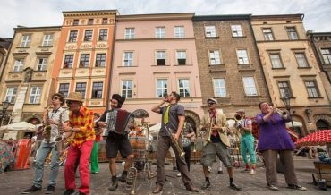 International Festival of Street Theatres