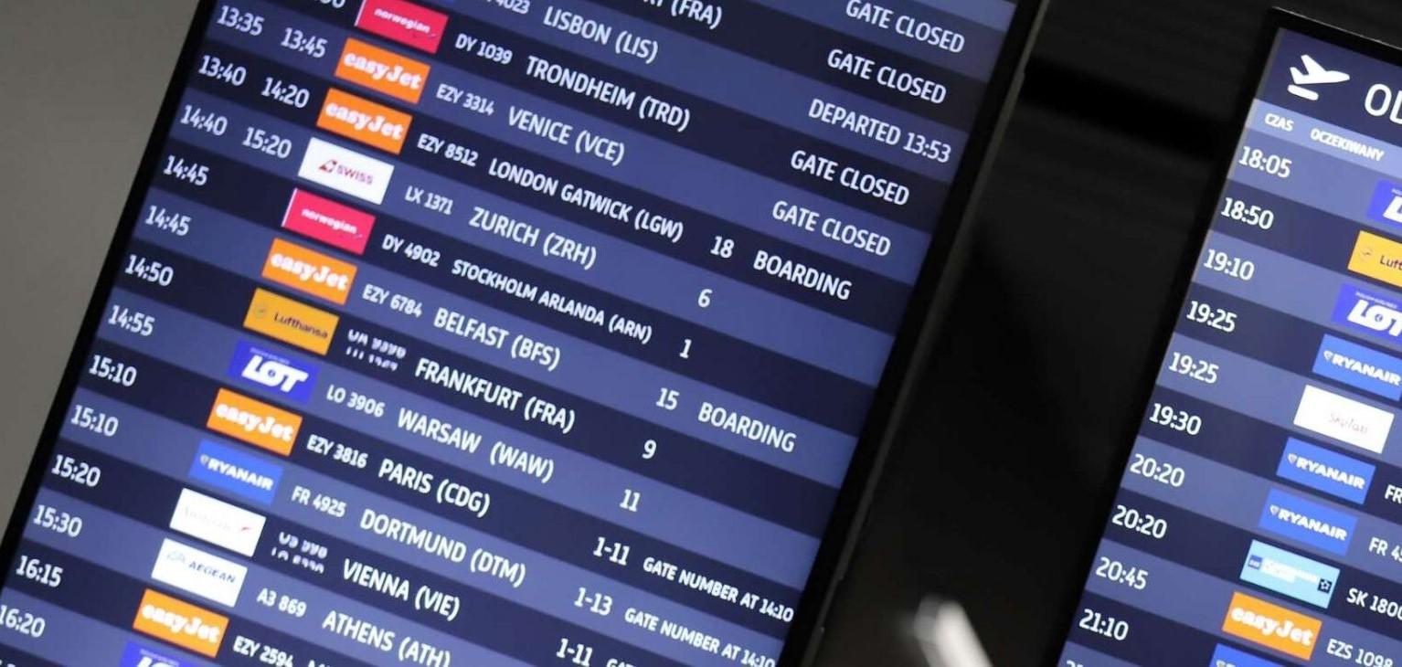 flights to krakow balice board