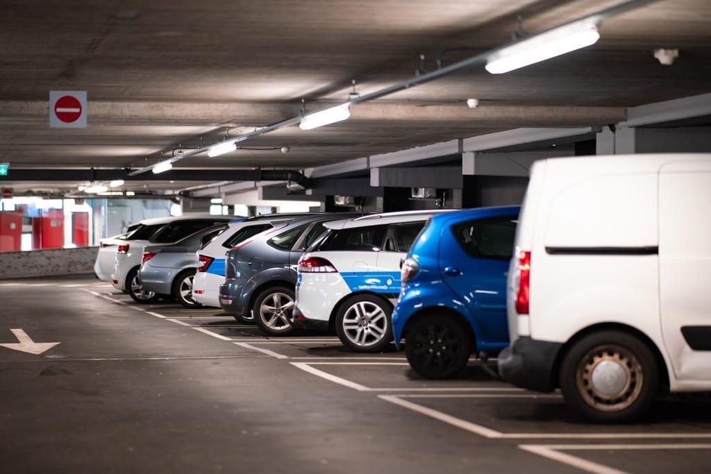 parking rates krakow airport